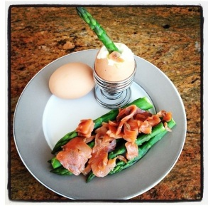 Boiled egg with Salmon and Asparagus dippers